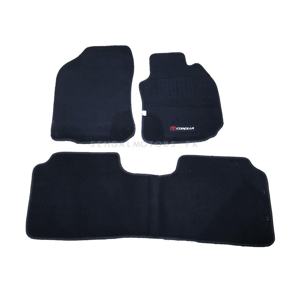 Toyota Corolla Matte Black Carpet Floor Mat - Model 2017-2019-SehgalMotors.Pk