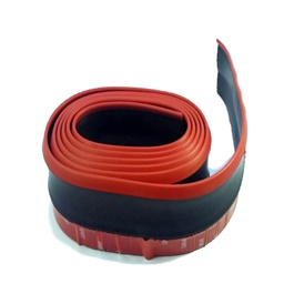 Rubber Lip Black with Red Skirt-SehgalMotors.Pk