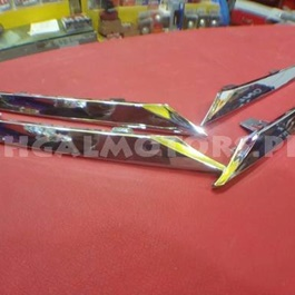 Toyota Corolla Chrome Grille with Clips - Model 2014-2017