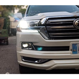 Toyota Land Cruiser Front Headlight Right Side - Model 2015-2018